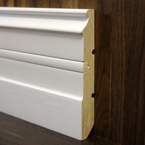 Плинтус фигурный белый со вставкой 130×20мм