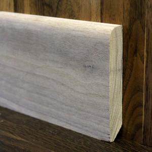 Плинтус массивный прямой орех 90×15мм