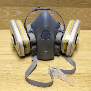 Респиратор-полумаска для защиты от испарений и частиц 3M 7500